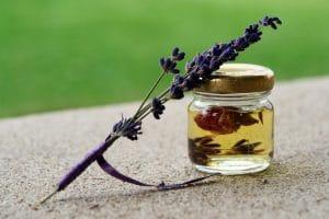 naturreines Lavendelöl